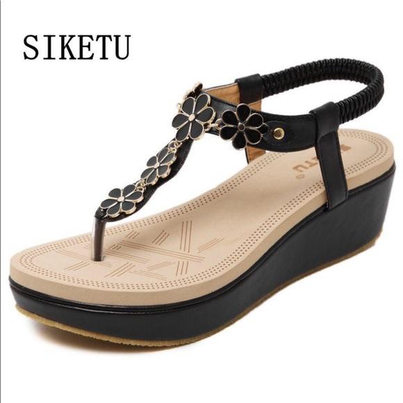 22e87491312 [Siketu] Black/Nude Leather Sandals - Size 39